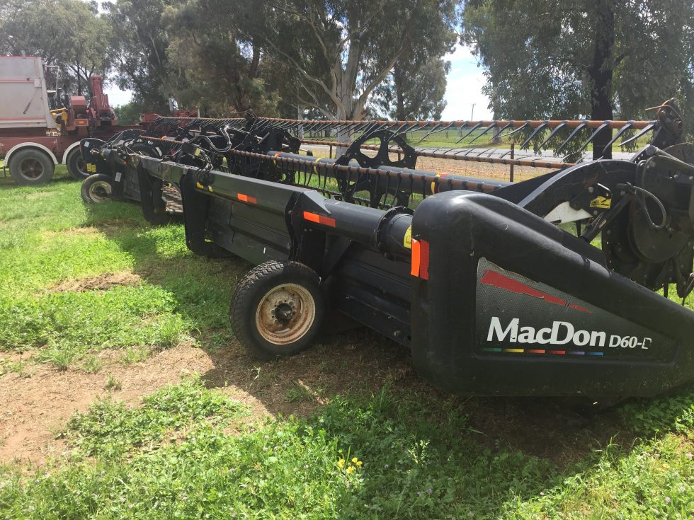 Macdon 40' D60D Front and 4 axle Trailer